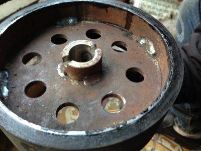 Bọc cao su bánh xe nâng