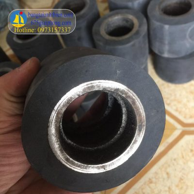 bọc bánh xe cao su (2)