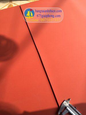 tấm silicone màu đỏ xốp chịu nhiệt (5)